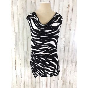 Vince Camuto 🦄 sleeveless blouse size XS